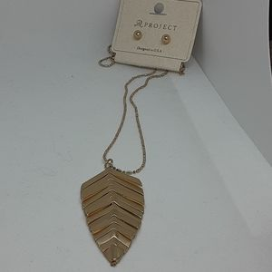 Gold Tone Chevron Leaf Necklace and Gold Studs